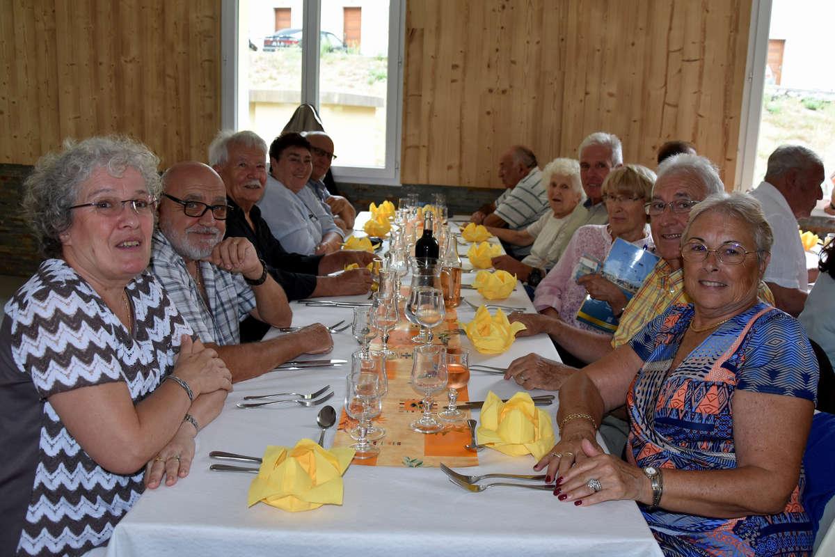 repas-des-senoirs-isola-2017-isola-0008