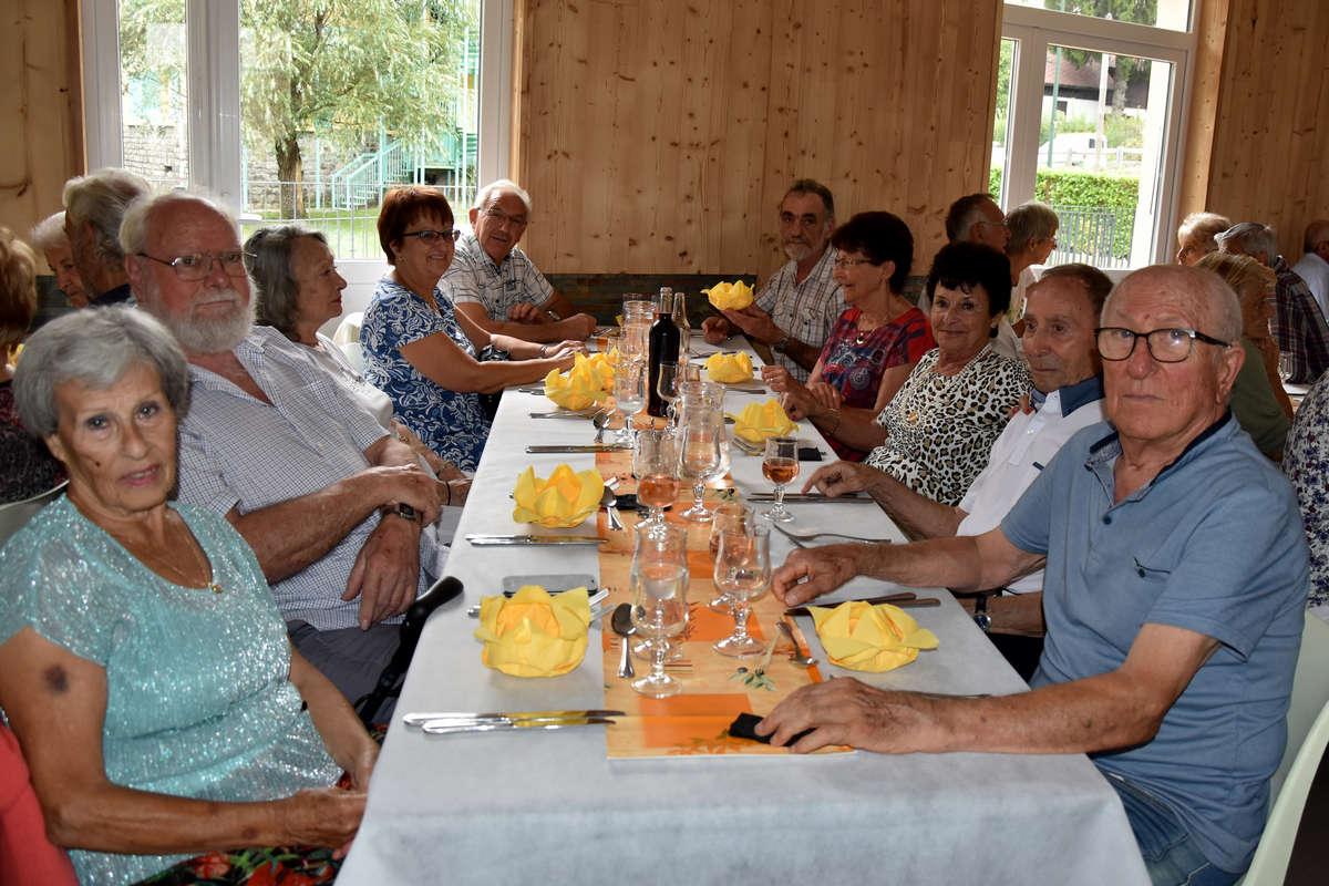 repas-des-senoirs-isola-2017-isola-0014