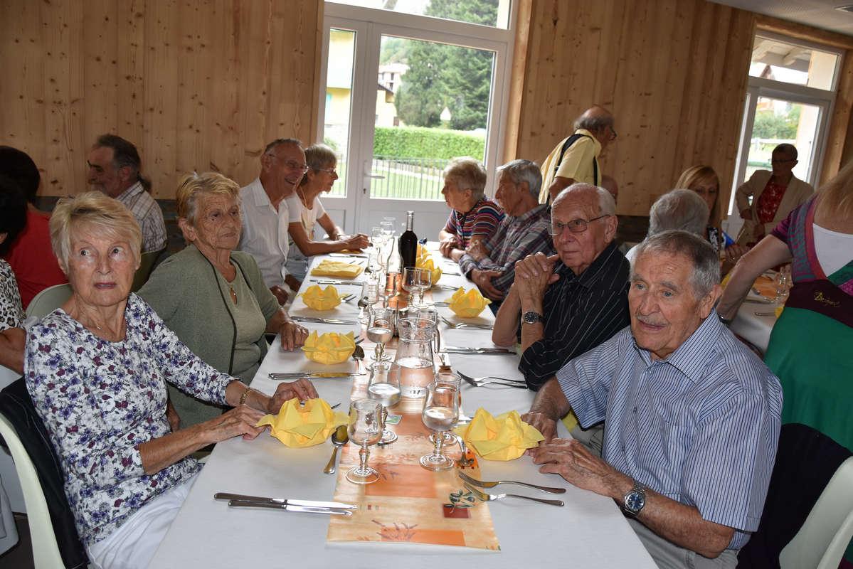 repas-des-senoirs-isola-2017-isola-0015