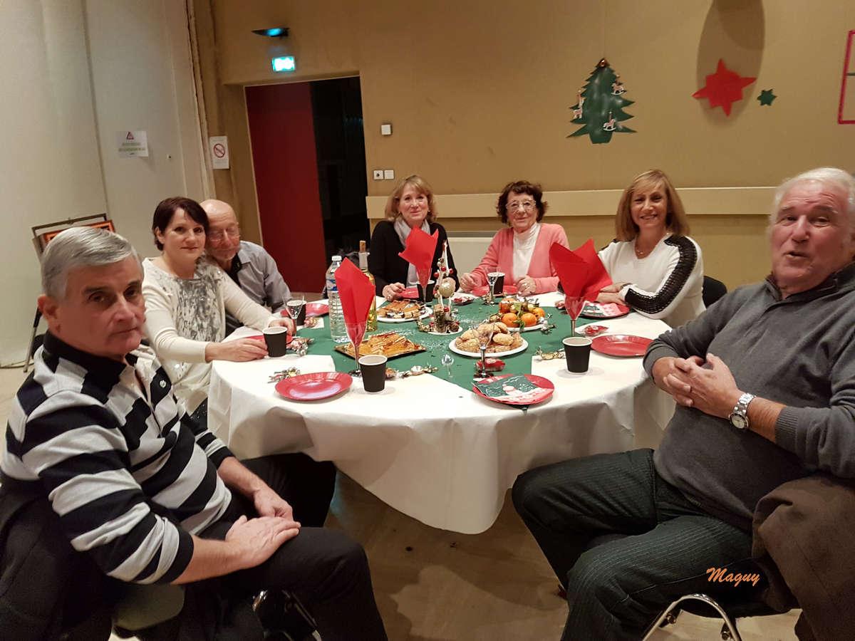 isola-repas-noel-seniors-0004