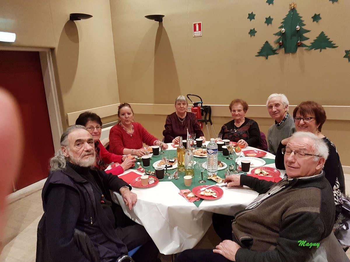isola-repas-noel-seniors-0008